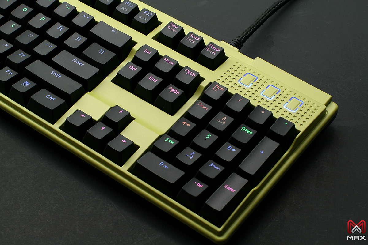 Max Keyboard Custom Nighthawk X7 Backlit Mechanical keyboard